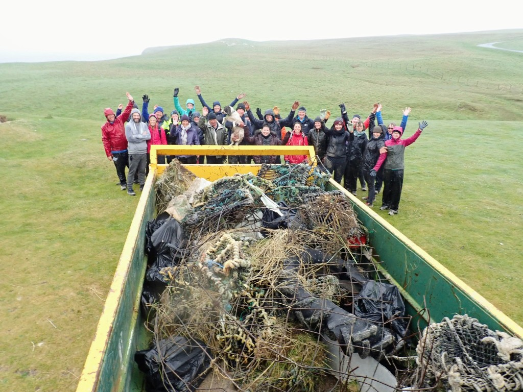Team or Orca Watchers and High Life Highland Countryside Rangers successfully freeing Sannick beach from rubbish and plastic items. Copyright: Suzie Hall / PlasticFreeMe